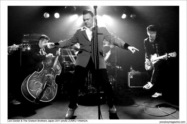 Levi Dexter & The Gretsch Brothers performing onstage in Japan 2011, photo by Junko Yamada, Ponyboy Magazine.