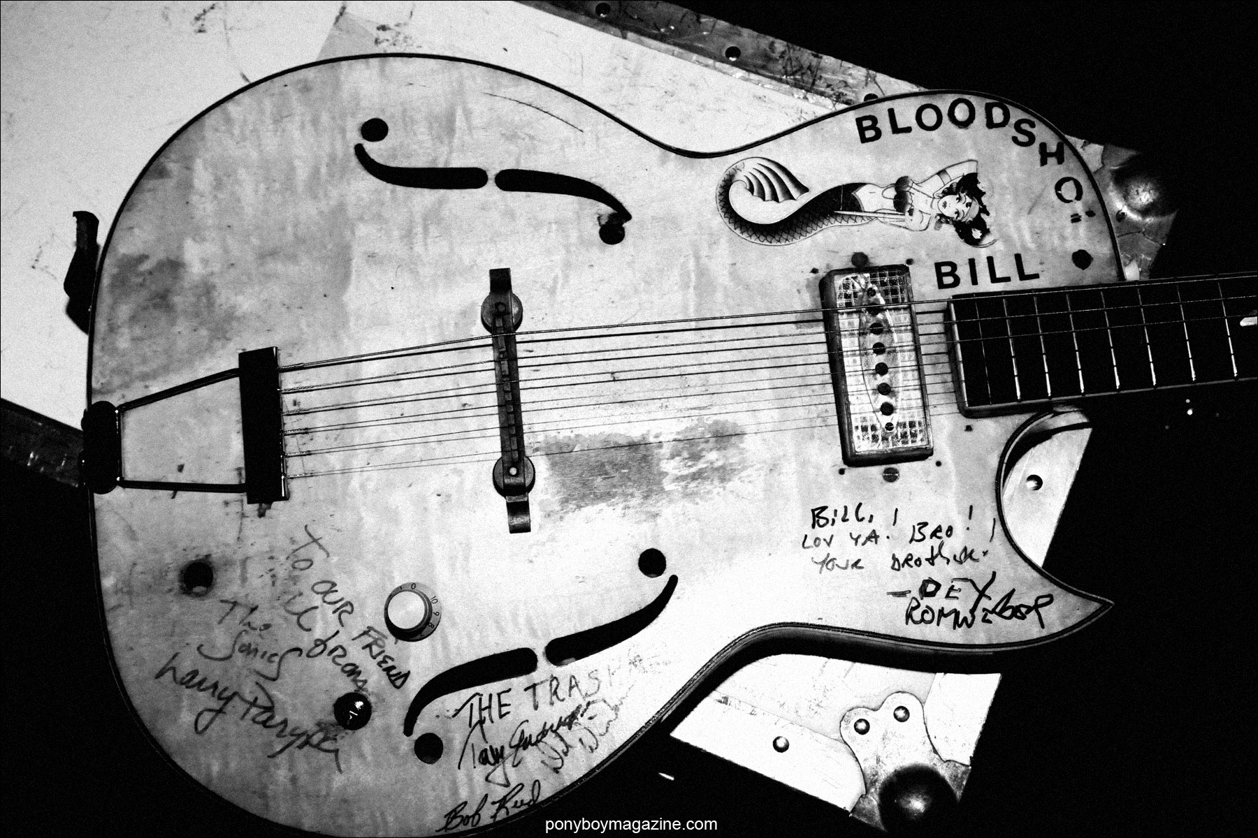 Photograph of Bloodshot Bill guitar by Alexander Thompson for Ponyboy Magazine.