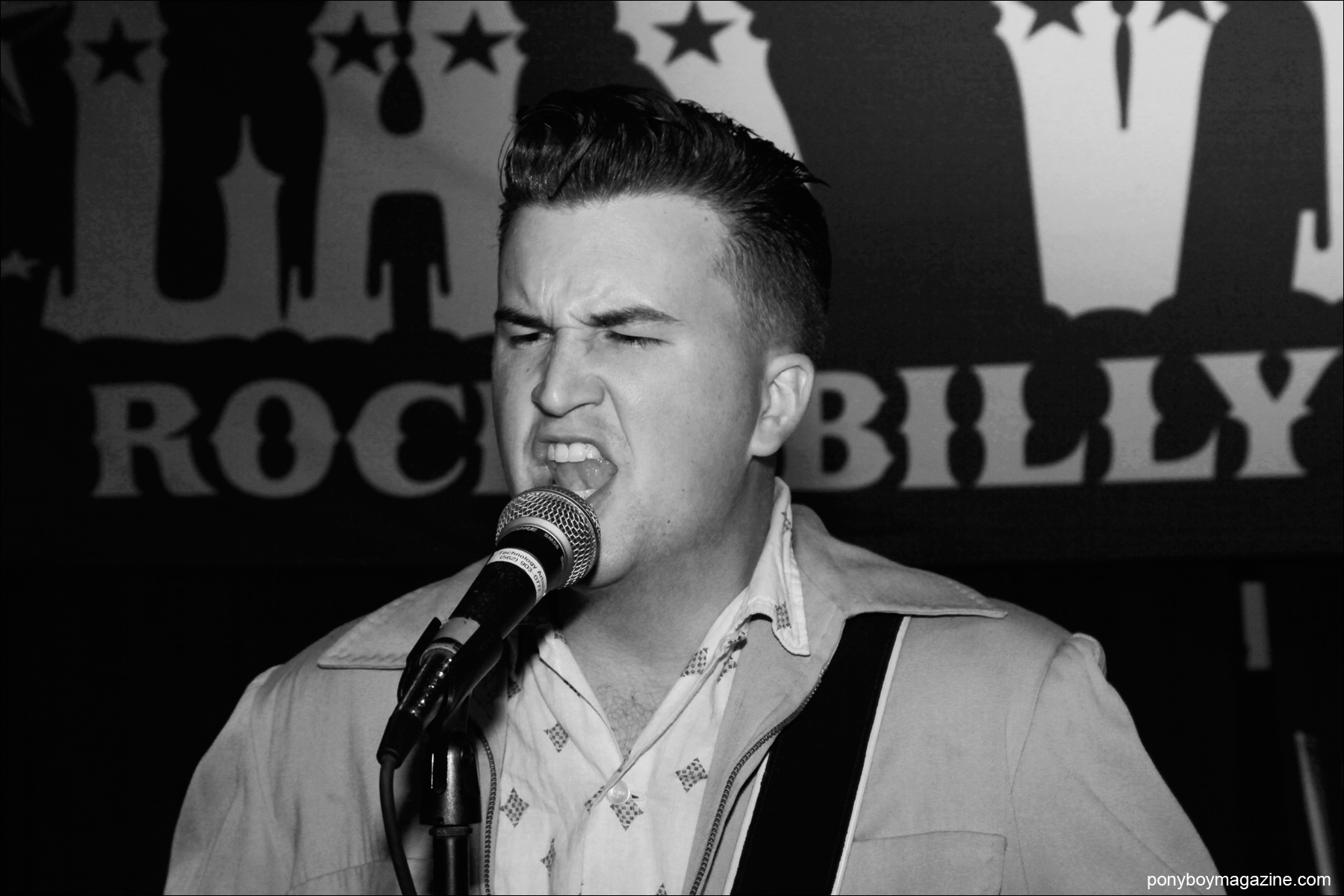 Rockabilly artist Josh Hi-Fi Sorheim performs at Viva Las Vegas 17. Photographed by Alexander Thompson for Ponyboy Magazine.