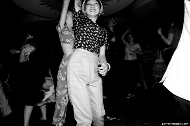 Japanese rockabilly girls jiving at Tom Ingram's Viva Las Vegas 17 weekender. Photographed by Alexander Thompson for Ponyboy Magazine.