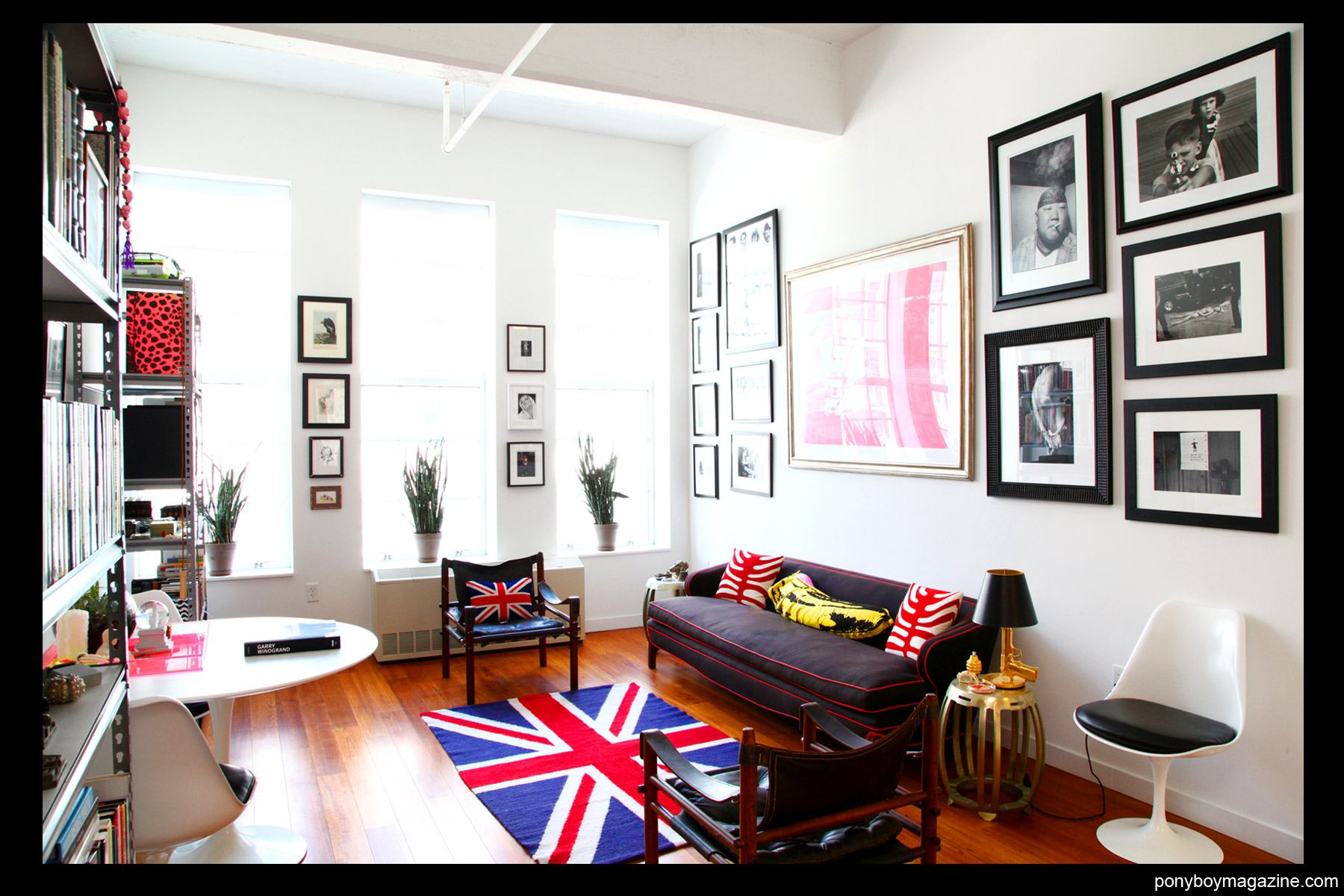 The New York city living room of editor Peter Davis. Photographed by Alexander Thompson for Ponyboy Magazine.