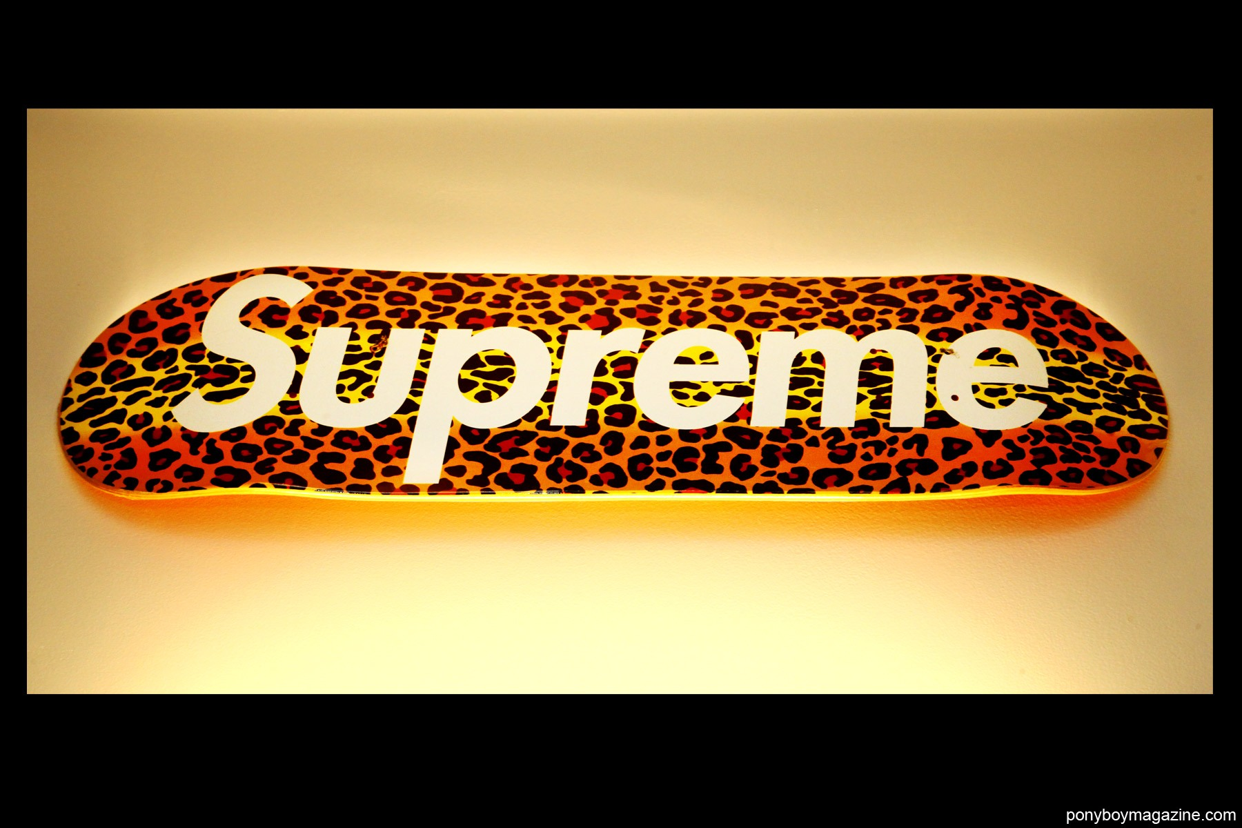 A Supreme skateboard owned by New Yorker Peter Davis. Photographed by Alexander Thompson for Ponyboy Magazine.