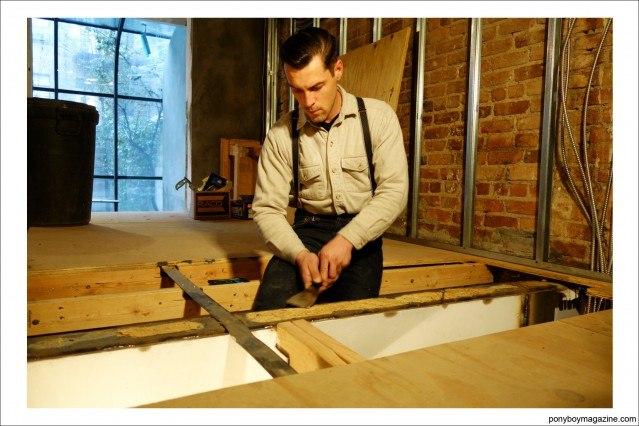 """""""workin_in_workwear"""" carpenter Jim Landwehr. Ponyboy Magazine."""