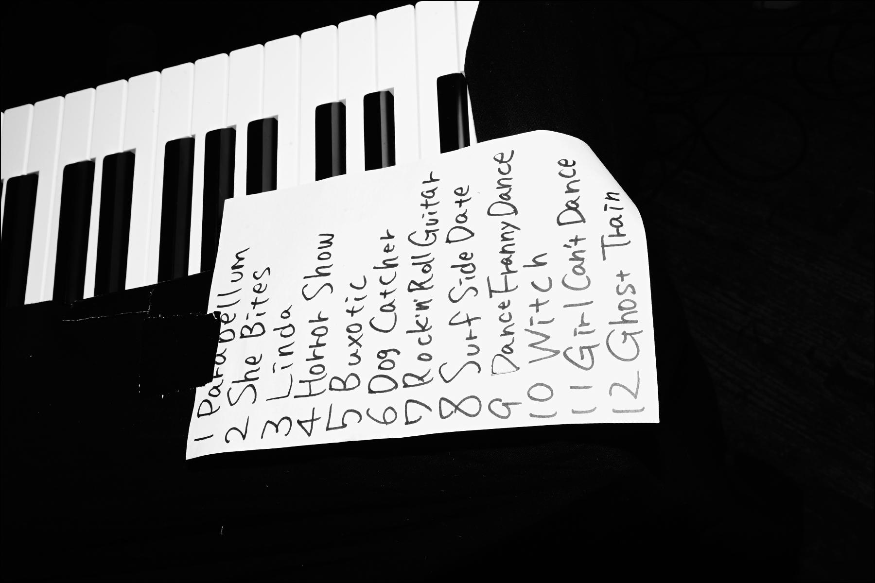 The Stompin' Riffraffs setlist. Photographed by Alexander Thompson for Ponyboy magazine NY.