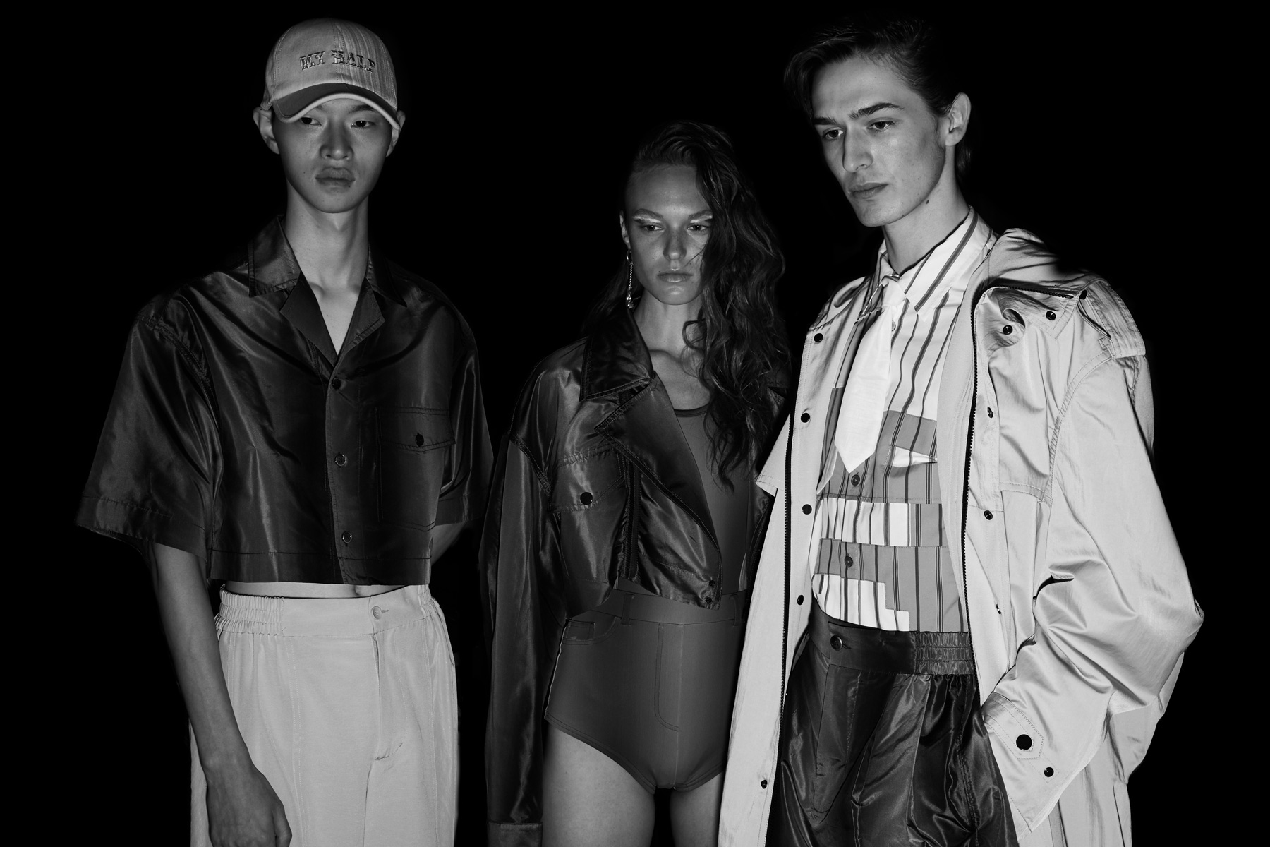 Models pose backstage for photographers at the Feng Chen Wang Spring 2019 show. Photographed by Alexander Thompson for Ponyboy magazine.