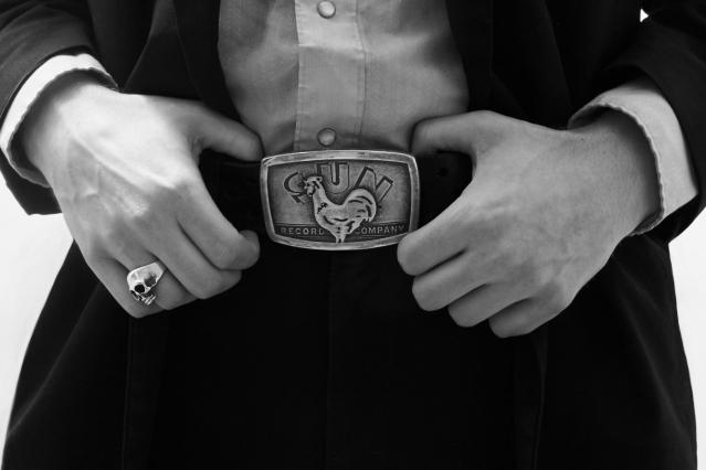 Musician Brian Hurd's Sun Records belt buckle. Photographed by Alexander Thompson for Ponyboy magazine.
