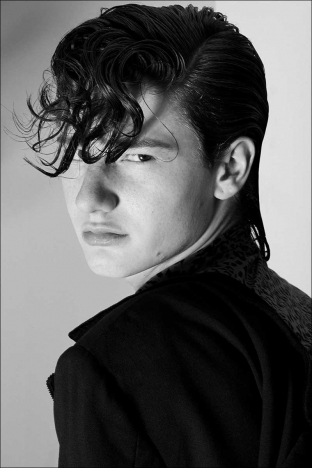 Model Alexander Andresen from Stage Management NY for Ponyboy magazine. Photography and menswear styling by Alexander Thompson. Spread #5.
